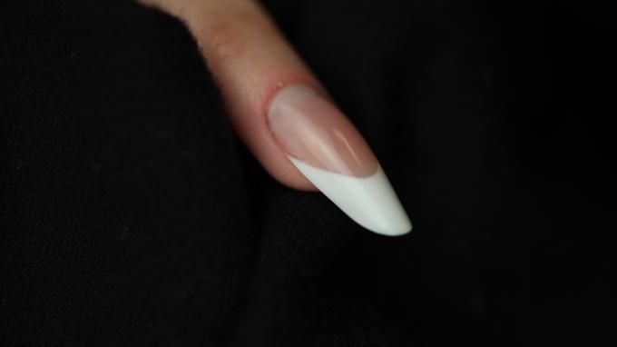 Mandula körömforma építése porcelánból körömágy hosszabbítással